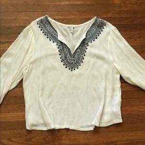Forever 21  3/4 length sleeve shirt size M